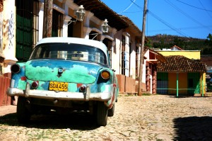 Discover Cuba 8 day tour backstreets