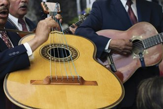 Culture-Mexico-Guitars