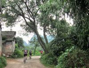 Cycle China 15 days backroads