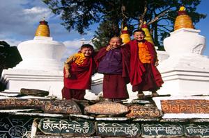 young lamas tashiding sikkim Ganges cruise