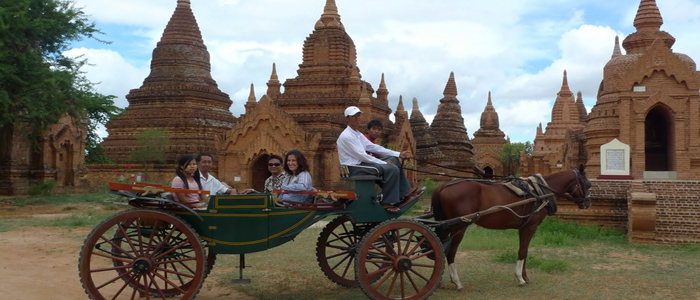 Horse carraige sightseeing Bagan