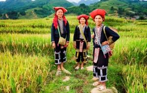 Indochina heritage tour Sapa woman Vietnam