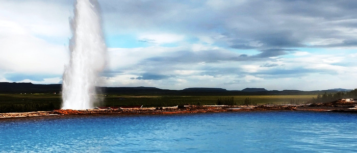 Iceland Volcanoes and Glaciers Geyser