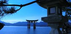 Classical_view_of_Miyajima_Tori