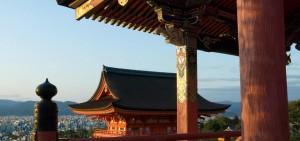 Gateway_of_Kiyomizu_Temple_960