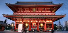 asakusa_sensoji_temple_in_night