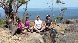 The-girls-meditating