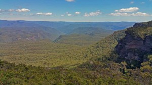 Views-to-Megalong-Valley2